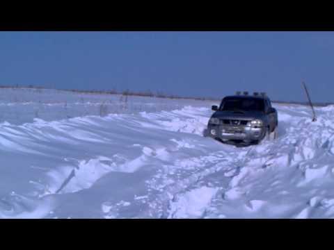 Nissan np300, по снегу