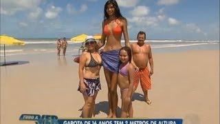 Tudo a Ver 22/08/2012: Garota de 16 anos e 2 m de altura chama a atenção de todos no Pará