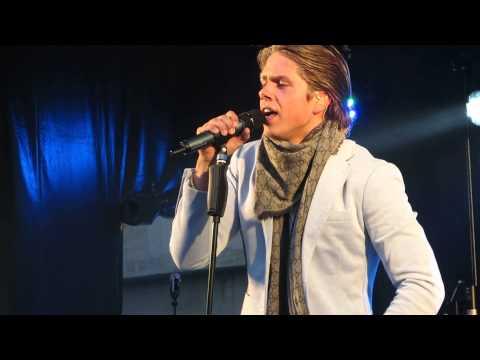 André Hazes Jr - Zij Gelooft In Mij (Roeselare 24-06-13 )