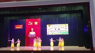 Bài múa Ấn độ của bé Quỳnh Chi