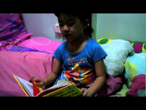 Isabelle reads Dr Suess