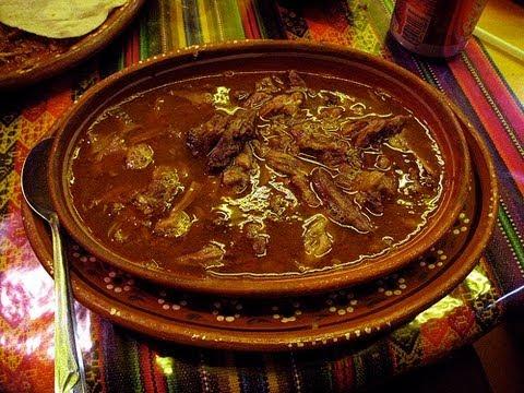 Receta de Birria de res // Platillos típicos de la cocina mexicana