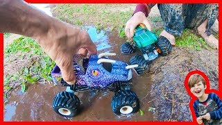Dinosaur Monster Trucks Water Dam Adventure!