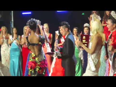 Mrs Globe 2015 - Crowning of our new Mrs Globe 201