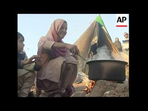 UNHCR register refugee camp populations