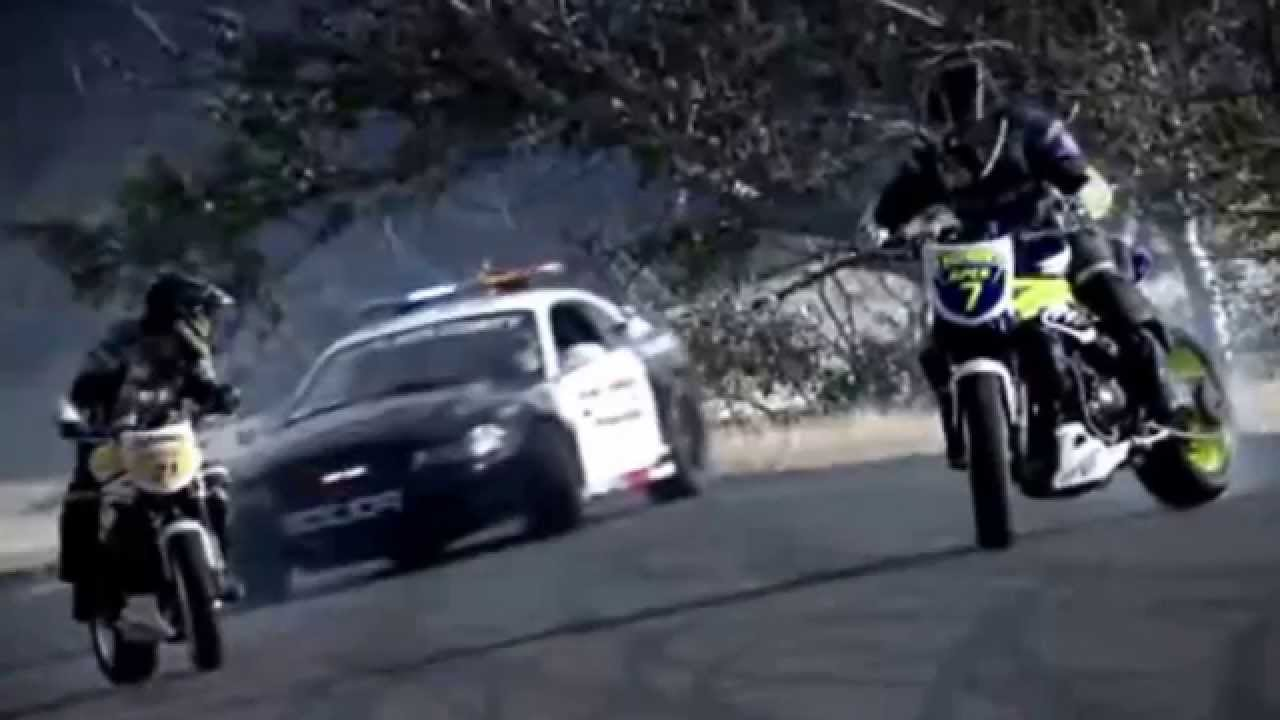 Bikes Vs Cops Compilation Police chase bikes incredible