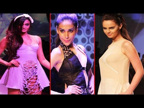 Hot Models Sexy Walk On Ramp For Signature International Fashion Weekend 2013