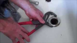 (9.80 MB) How to Change a Tub Drain (Spud). Mp3