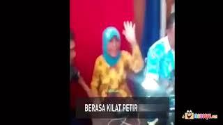 Video Nenek Latah Bikin E-KTP