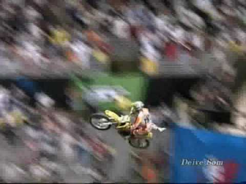 Acidentes e show com motos, freestyle, motocross