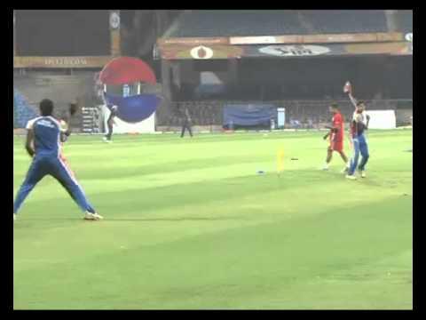 IPL 2013 Season 6-Royal Challengers Bangalore vs Pune Warriors-Practice Session-IANS India Videos