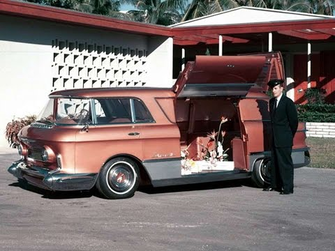 #3530. Gmc l universelle 1955 (Prototype Car)