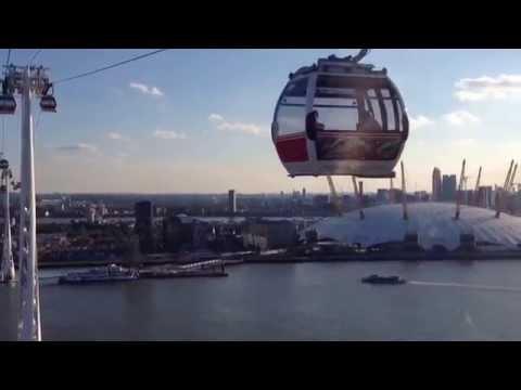 O2 emirates cable car - London - Uk - Thames