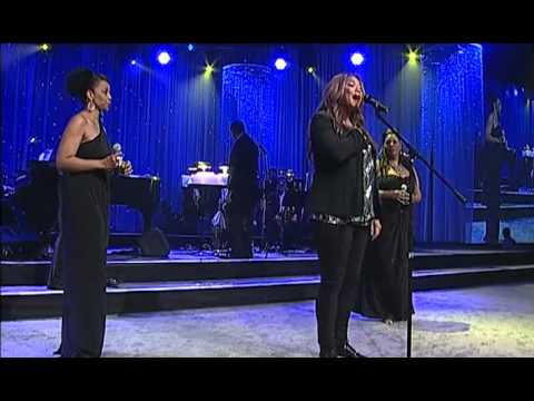 Queen Latifah performs at the 2012 Steve Chase Humanitarian Awards