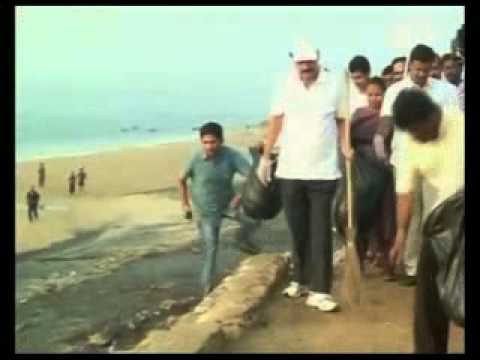 Union Minister Venkaiah Naidu wields broom in Visakhapatnam