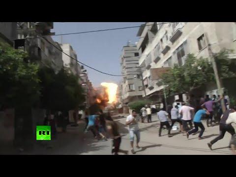 Cámaras captan el momento de un ataque aéreo israelí y el subsiguiente caos en Gaza