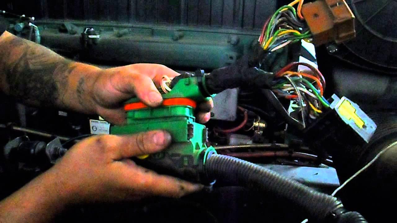 como fucionar um motor do volvo d12c/d12d/d13 - YouTube