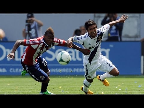 HIGHLIGHTS: LA Galaxy vs Chivas USA | March 17, 2013