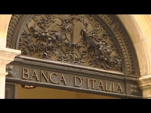 Italy short-term borrowing costs plummet