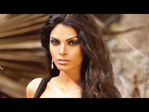 Sexy Sherlyn Chopra sizzles the screen