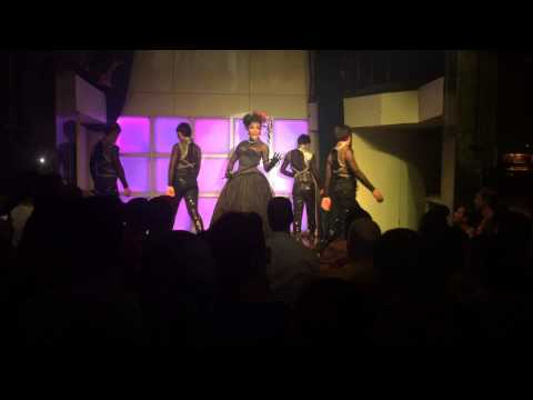 DJ Station Silom, Bangkok : Drag Queen Performance – I Need