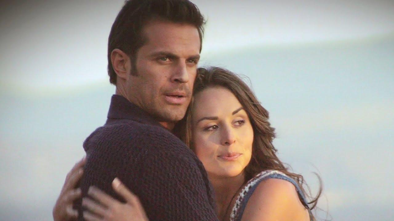 Zuria Vega Married Zuria Vega y Mark Tacher