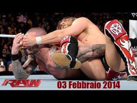 ITA WWE RAW - 03/02/2014 720p HDTV (Puntata & Commento in Italiano)