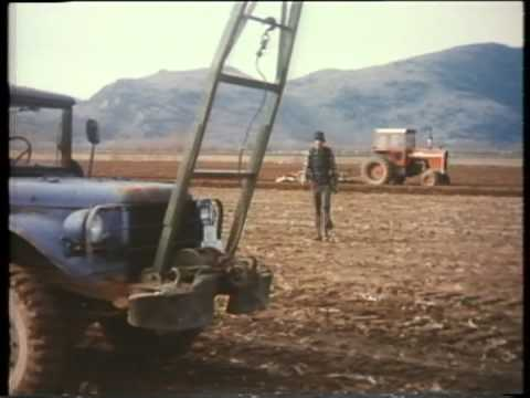 Hydraul diesel (French). -- 1977. -- Imperial Oil Esso television commercial.