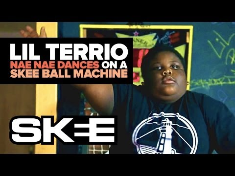 Lil Terrio Nae Nae's On A Skee Ball Machine