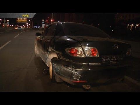 У Києві п'яний водій протаранив дві машини та намагався втекти з місця ДТП