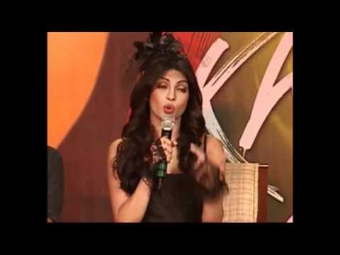 Priyanka chopra sang a song Darling