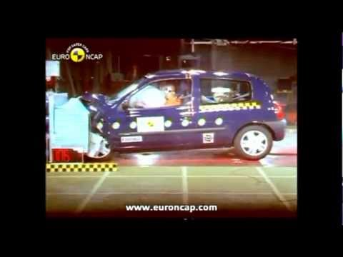 Renault Clio 1.2.3.4 crash test