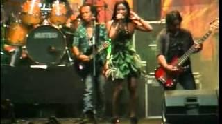 Download lagu Bukan Aku Tak Cinta - Alvi Damayanti By Wawan gratis