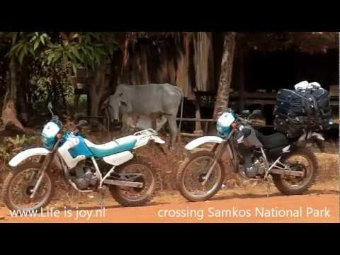 Cambodia Roadtrip on Honda 250 motorbikes Phnom Penh, Siem Reap, Angkor Wat, Bamboe trains..