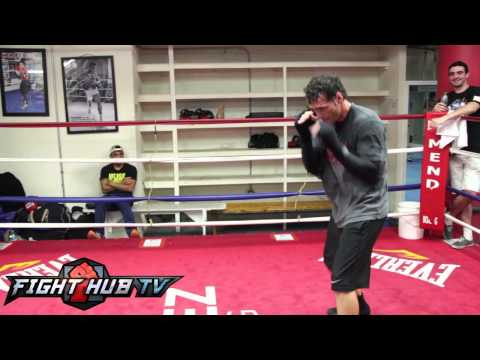 Gennady Golovkin vs. Daniel Geale: Geale shadow boxing workout Image 1