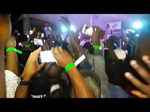 Winky d performing Gombwe in cape Town 2018