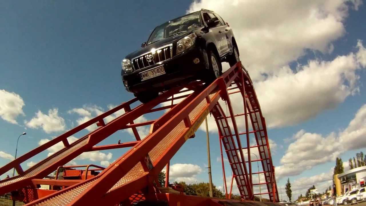new toyota landcruiser 150 in rollercoaster crazy car