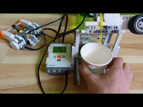 LEGO Mindstorms NXT 2.0 Liquid Dispenser