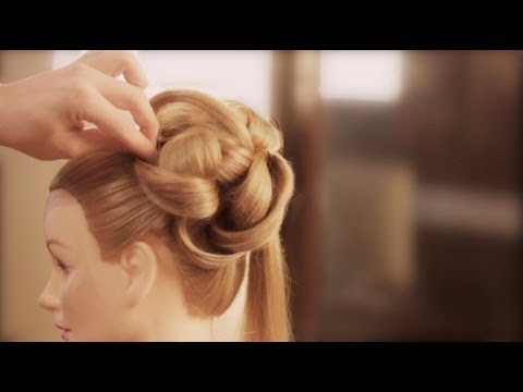 Wedding Hairstyles How Create Dramatic Updos The Knot Personal