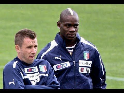 Balotelli behaviour a worry for Italy coach Prandelli