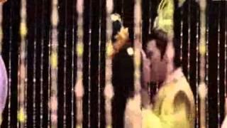 Lộ clip nhạy cảm của Võ Tắc Thiên bị cấm chiếu