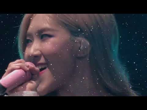 """Download Fancam Rose Solo Stage - BLACKPINK """"In Your Area"""" World Tour Newark Day 1 Mp4 baru"""
