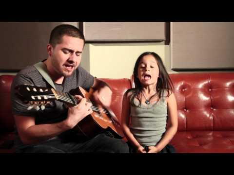 Rolling in the Deep - Adele Acoustic Cover (Jorge and Alexa...
