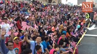 Thousands throng Dataran Merdeka to witness National Day parade