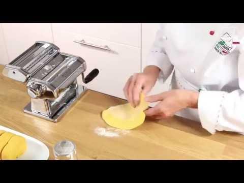 Domowy makaron przy użyciu Maszyny do makaronu - Marcato Atlas 150 Classic