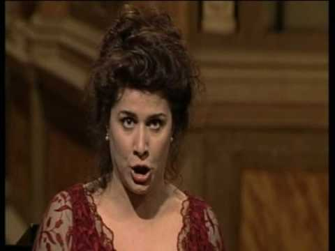 Voi Che Sapete (Le Nozze Di Fi... is listed (or ranked) 14 on the list The Best Opera Songs