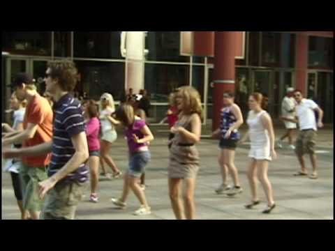 Chicago Flash Mob Dance