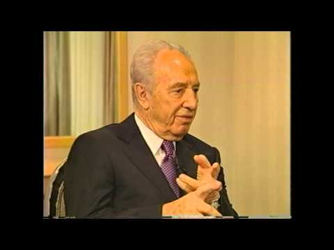 Shimon Peres talks about leadership with Dean Williams at Harvard