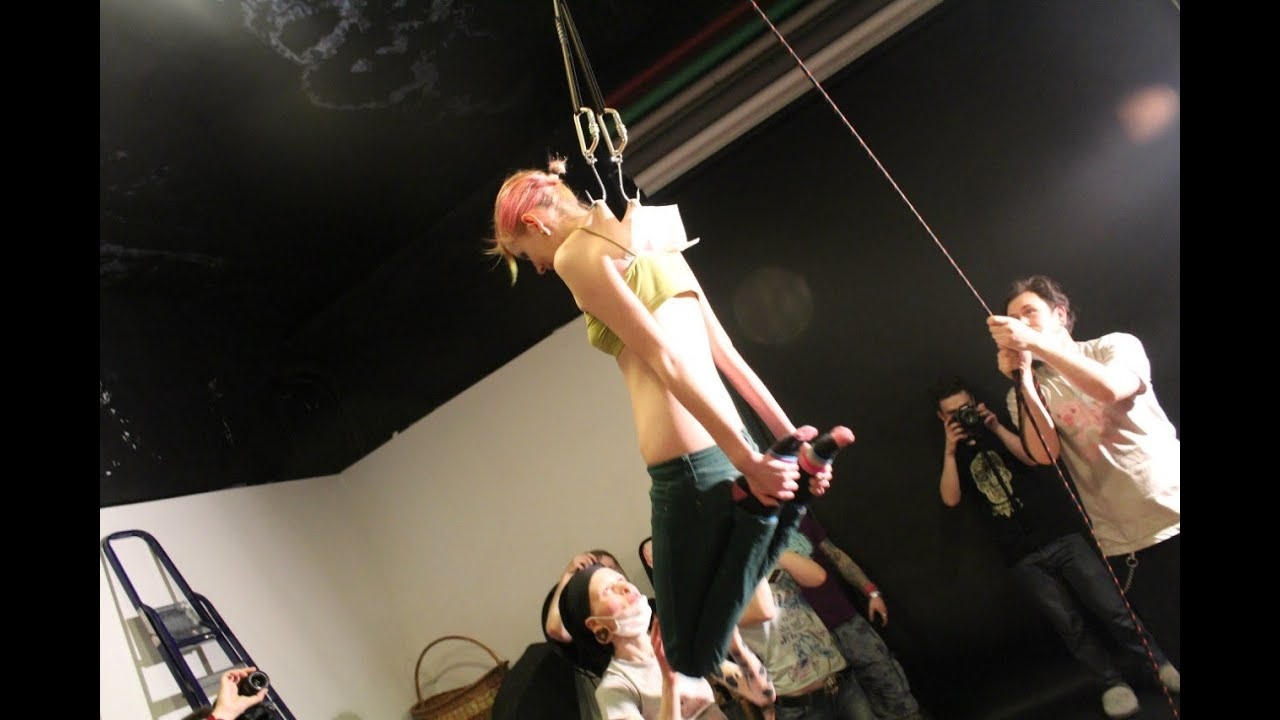 Restrained female Alyssa Lynn endures tits torture and and being hung № 1218913 без смс
