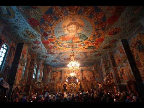 Паломники храма Архангела Михаила в Покровском храме на престольном празднике